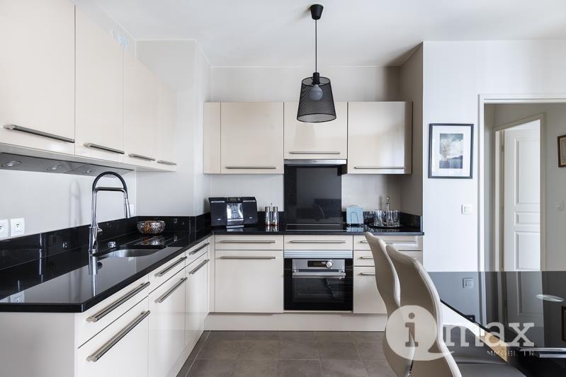 Sale apartment Levallois 595000€ - Picture 2