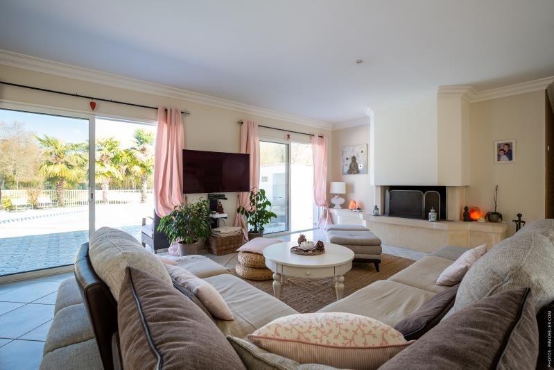 Deluxe sale house / villa Le haillan 799000€ - Picture 2