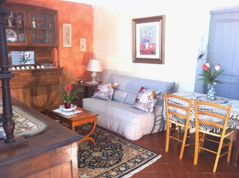 Rental apartment Aix en provence 1 300€ CC - Picture 1