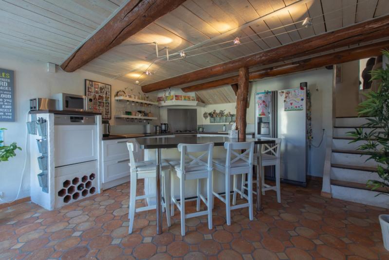 Vente maison / villa Meyrargues 595000€ - Photo 9