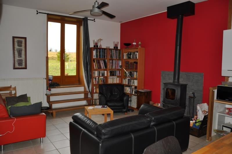 Rental house / villa St julien 1 200€ CC - Picture 3
