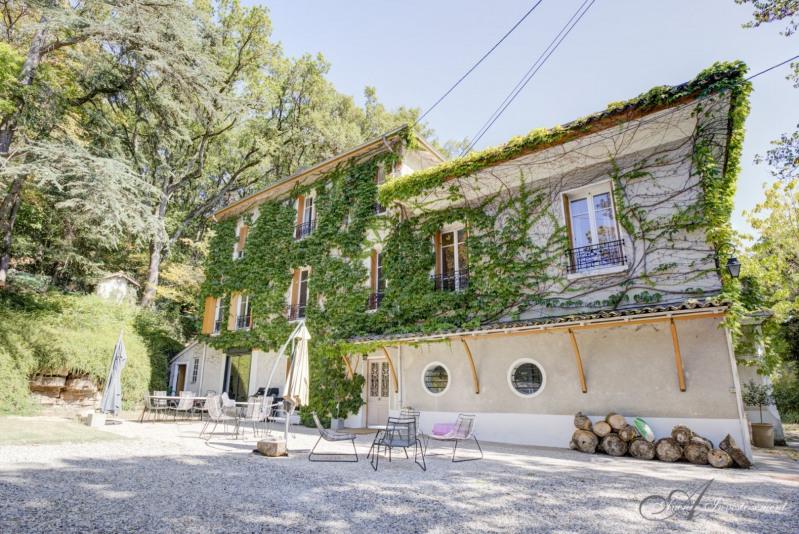 Deluxe sale house / villa Crepieux la pape 1190000€ - Picture 1