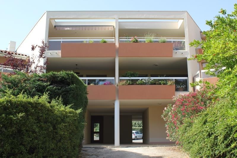 Sale apartment Villeneuve les avignon 260 000€ - Picture 1