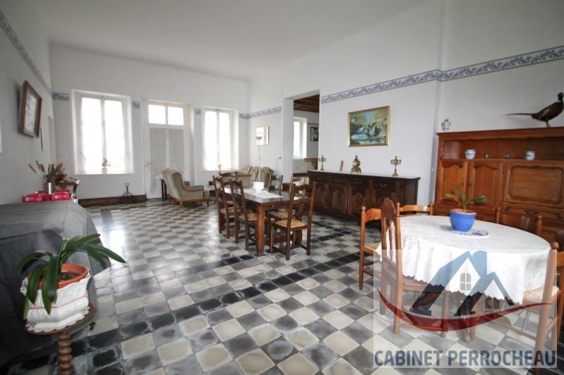 Sale house / villa La chartre sur le loir 265000€ - Picture 2