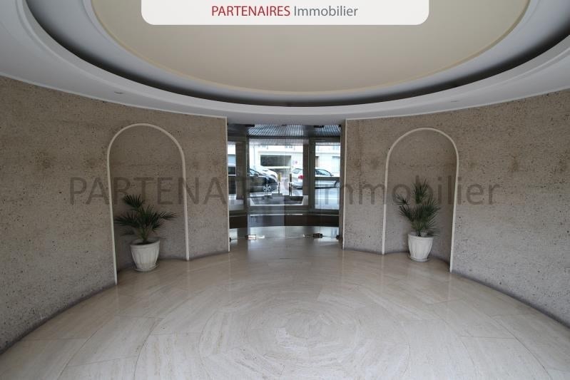 Sale apartment Versailles 108 000€ - Picture 2