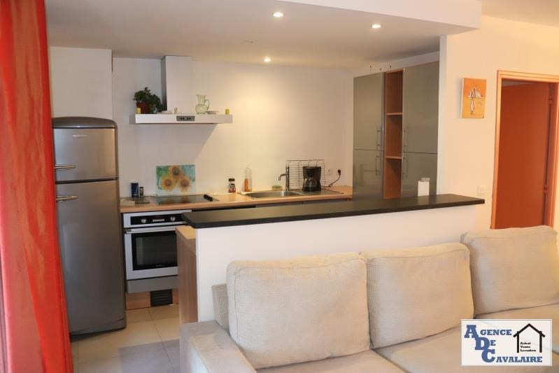 Sale apartment Cavalaire sur mer 348 000€ - Picture 2