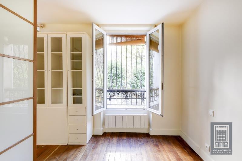 Sale apartment Paris 18ème 305000€ - Picture 2