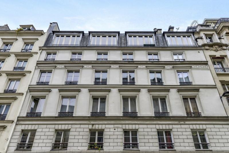 Deluxe sale apartment Paris 10ème 998000€ - Picture 11