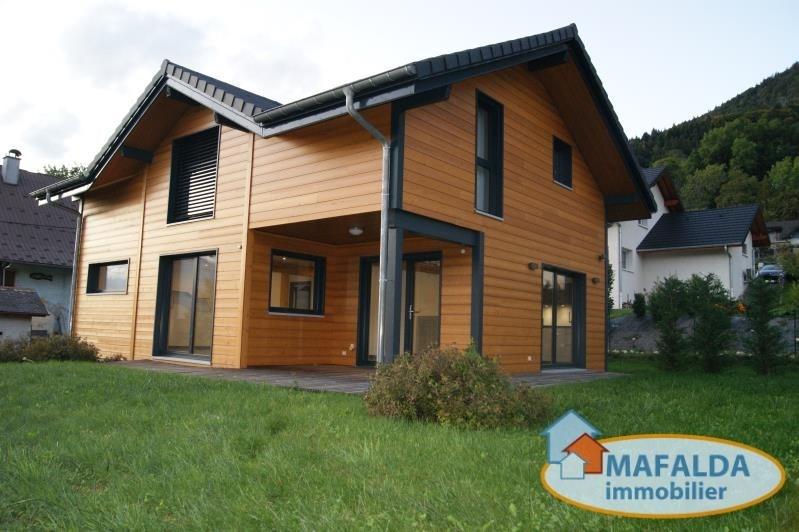 Deluxe sale house / villa Thyez 567000€ - Picture 1