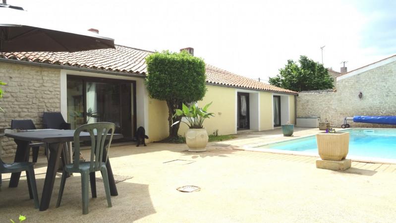 Sale house / villa Mouzeuil st martin 349900€ - Picture 3