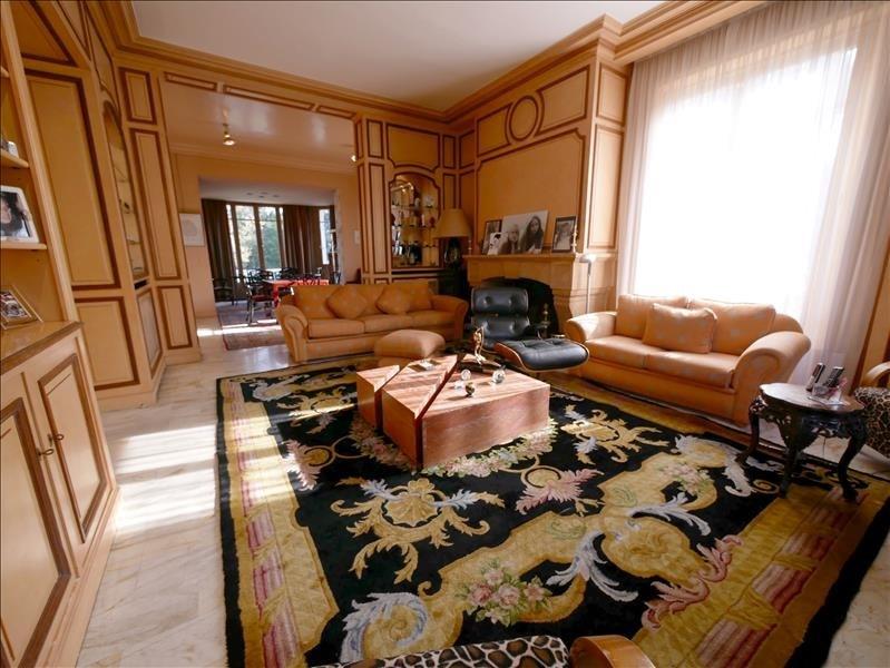 Deluxe sale house / villa Garches 1730000€ - Picture 2