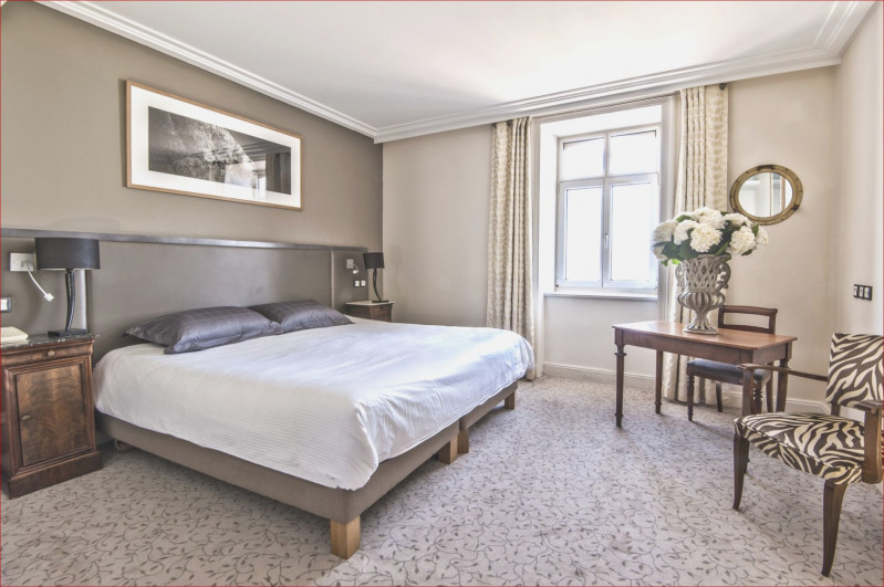 Deluxe sale apartment Vanves 1196000€ - Picture 2