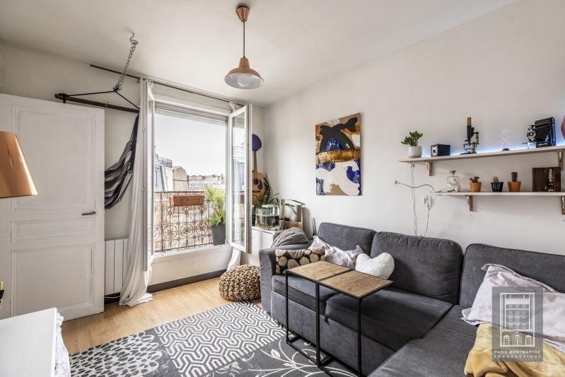 Sale apartment Paris 18ème 330000€ - Picture 2