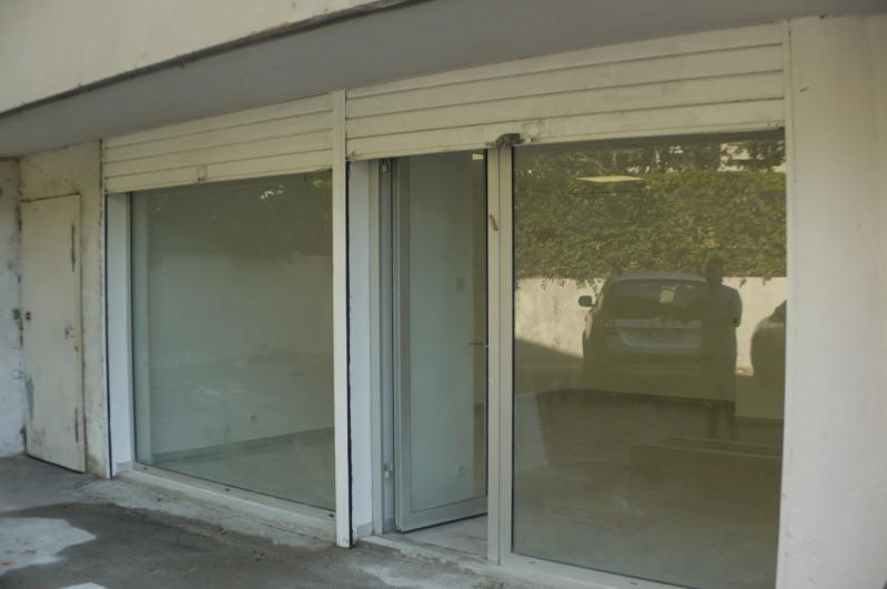 Rental empty room/storage Marseille 8ème 985€ HC - Picture 1