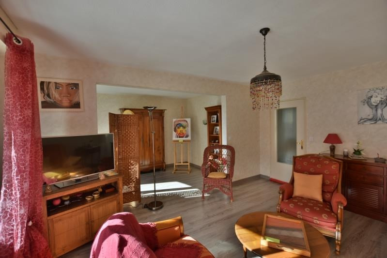 Sale apartment Pau 124 000€ - Picture 1