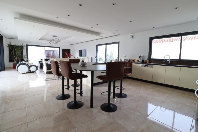 Deluxe sale house / villa Dolus d'oleron 755550€ - Picture 1