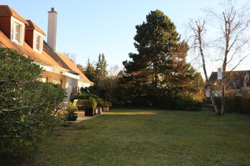 Sale house / villa St nom la breteche 840000€ - Picture 10