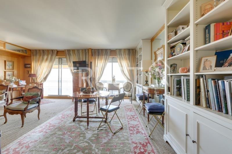 Vente de prestige appartement Paris 15ème 1030000€ - Photo 2