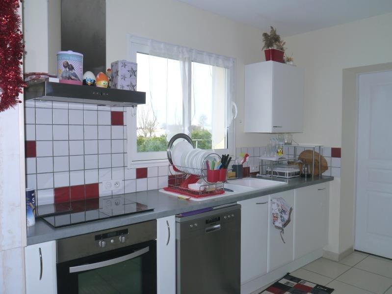 Location maison / villa Champagnolles 690€ CC - Photo 2