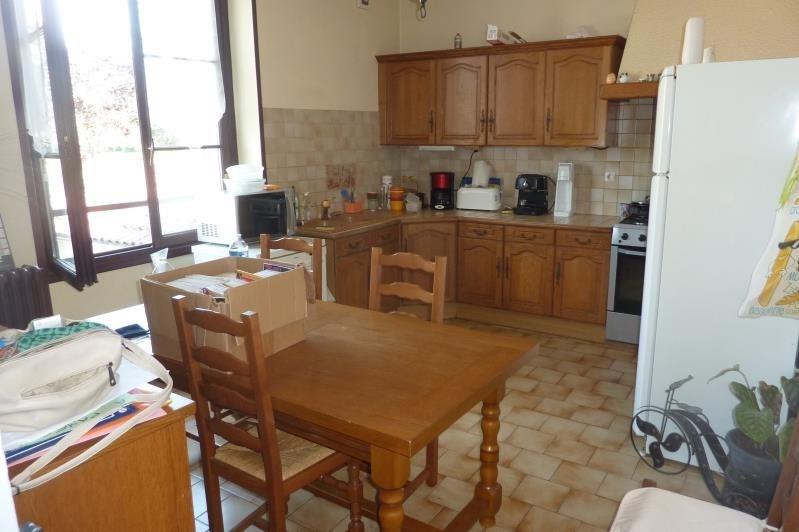 Sale house / villa Nanteuil le haudouin 220000€ - Picture 4