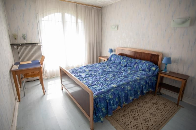 Sale house / villa Pirey 256000€ - Picture 7