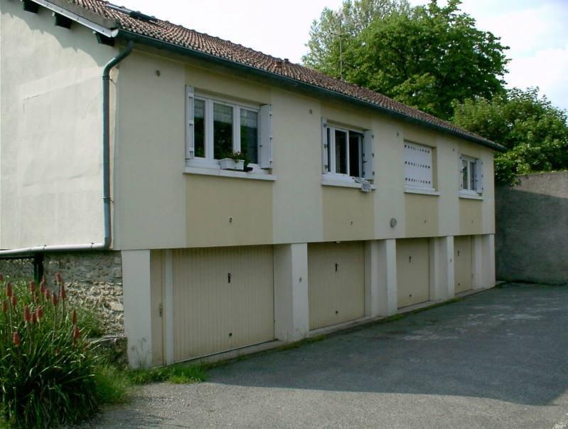 Rental apartment Bouray sur juine 499€ CC - Picture 1