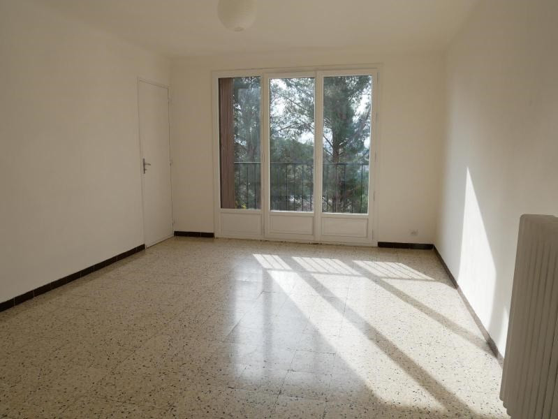 Rental apartment Aix en provence 809€ CC - Picture 1