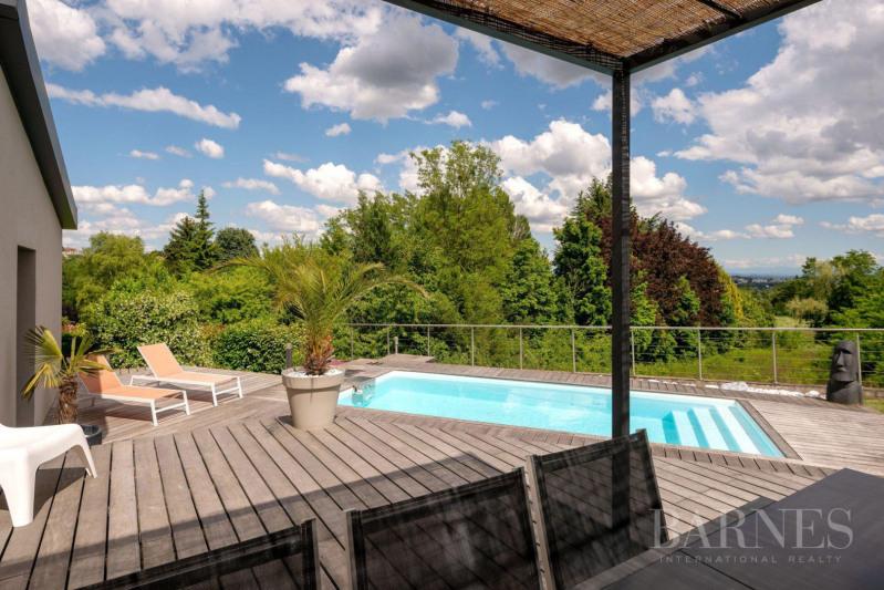 Vente de prestige maison / villa Saint-didier-au-mont-d'or 1050000€ - Photo 2
