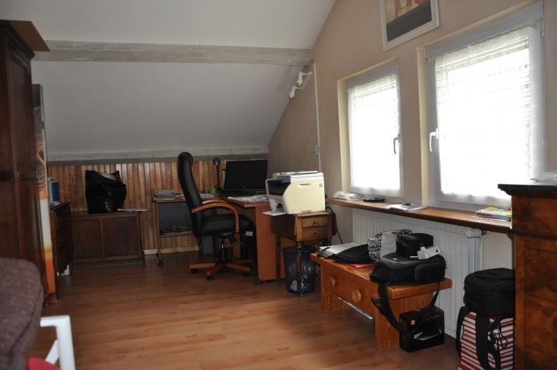 Sale house / villa Oyonnax 264000€ - Picture 9