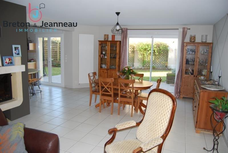 Sale house / villa Changé 312000€ - Picture 2
