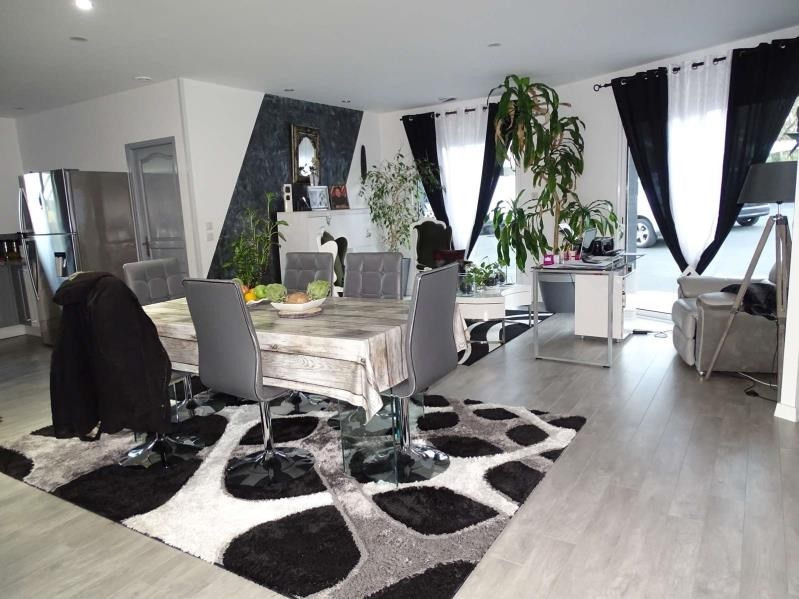 Sale house / villa Douzillac 316500€ - Picture 3