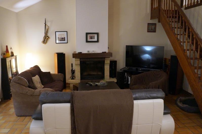 Sale house / villa Pontoise 315000€ - Picture 2