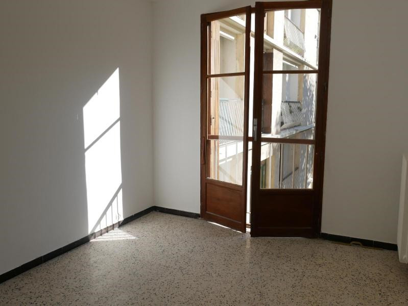 Location appartement Aix en provence 838€ CC - Photo 5
