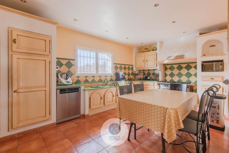Deluxe sale house / villa Puyloubier 799000€ - Picture 3