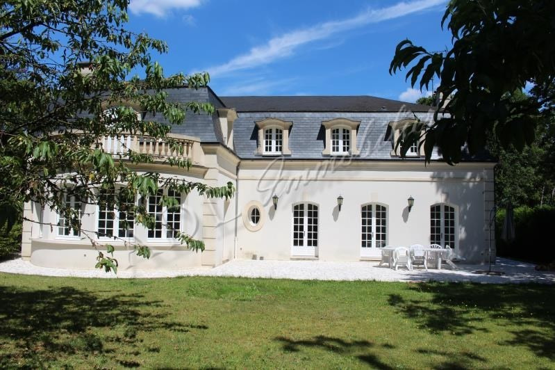 Deluxe sale house / villa Lamorlaye 1450000€ - Picture 1