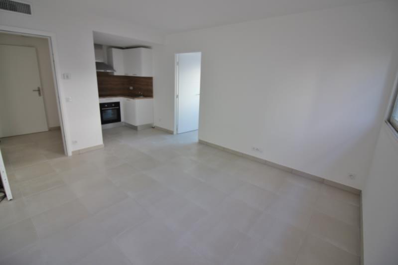 Location appartement Speracedes 640€ CC - Photo 1
