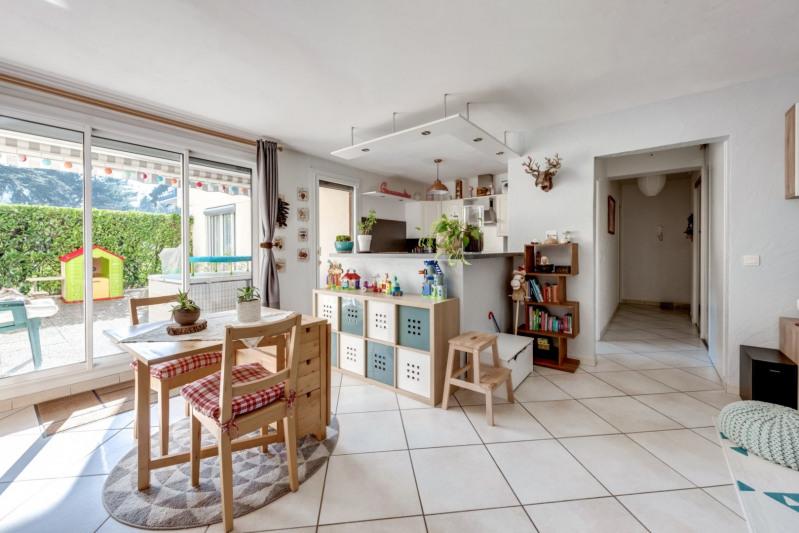 Sale apartment Tassin la demi lune 329000€ - Picture 1