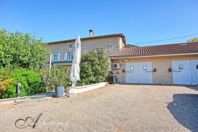 Deluxe sale house / villa Liergues 787500€ - Picture 12