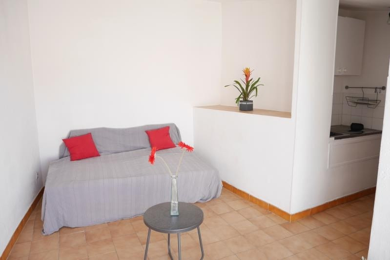 Sale apartment Trets 94 900€ - Picture 2