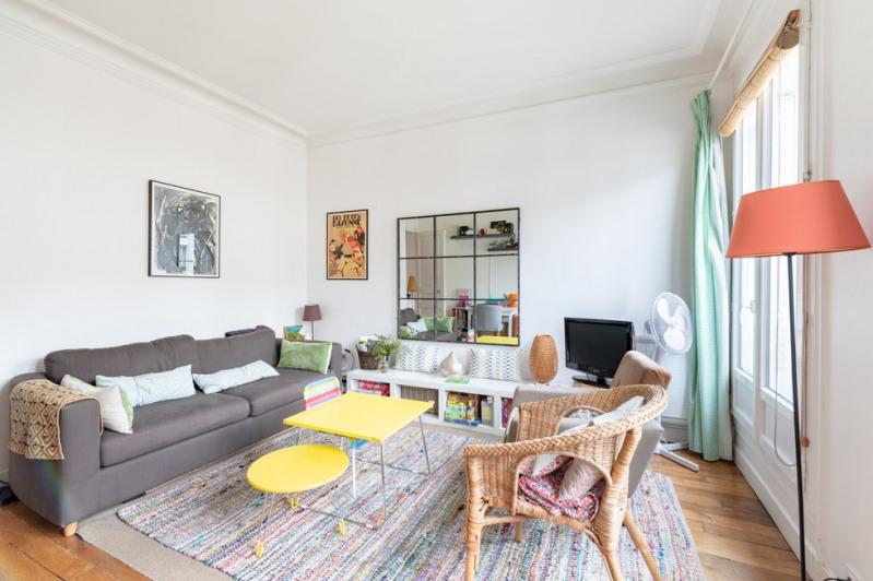 Sale apartment Paris 10ème 620000€ - Picture 2