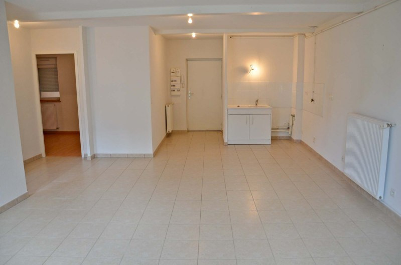 Rental apartment Nantua 429€ CC - Picture 3