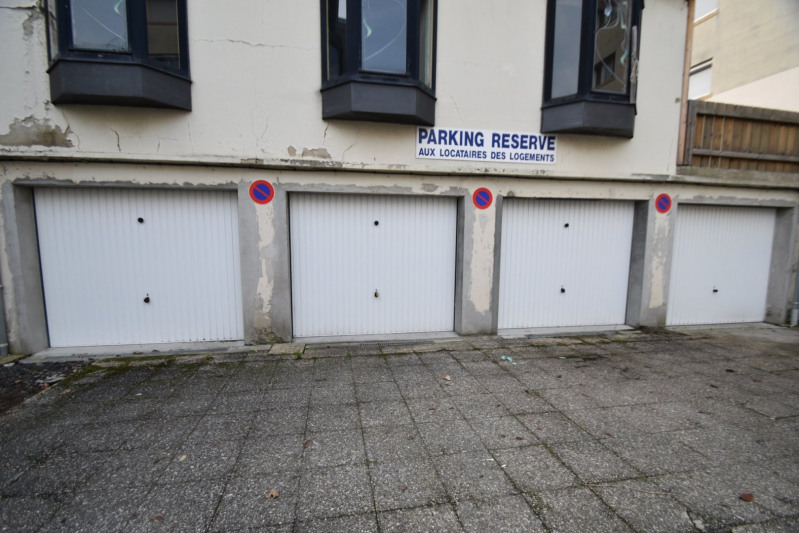 Location parking St lo 52€ CC - Photo 1