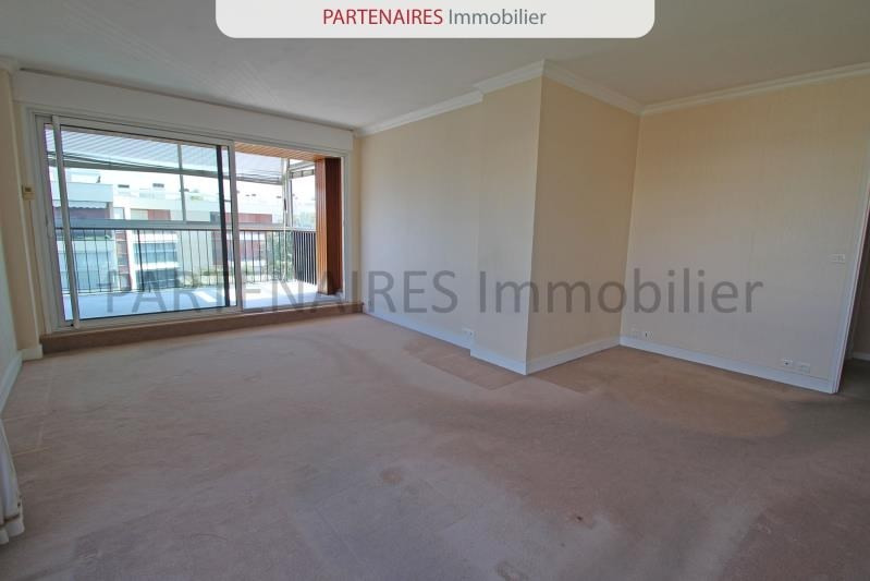 Sale apartment Rocquencourt 279 900€ - Picture 2