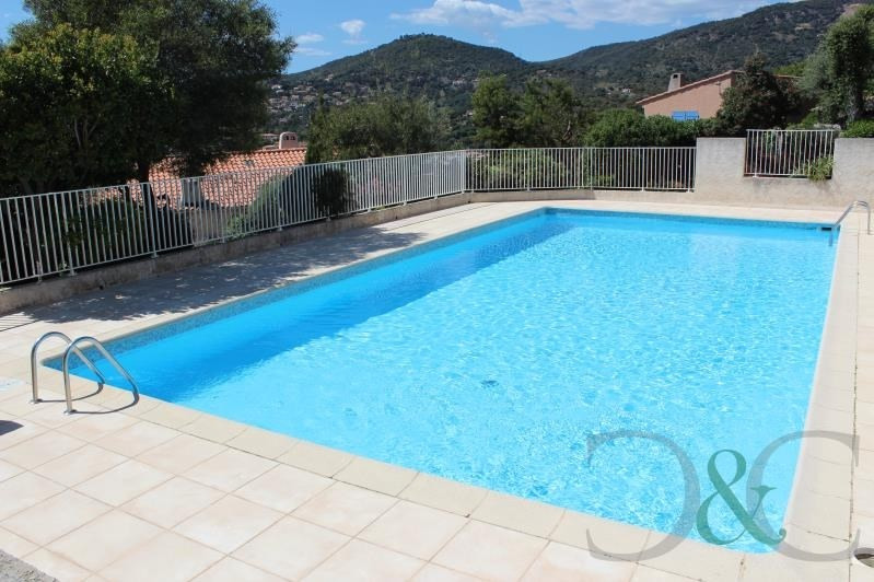 Sale house / villa Le lavandou 298000€ - Picture 2