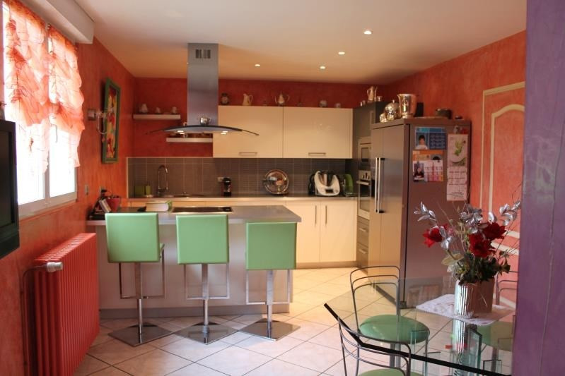 Revenda residencial de prestígio casa Bazas 680600€ - Fotografia 6
