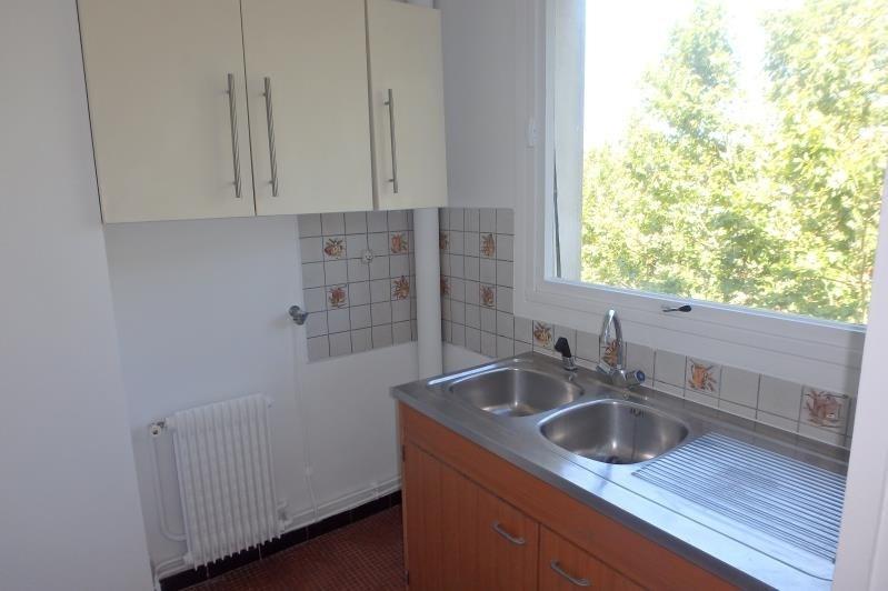 Rental apartment Chaville 714€ CC - Picture 3