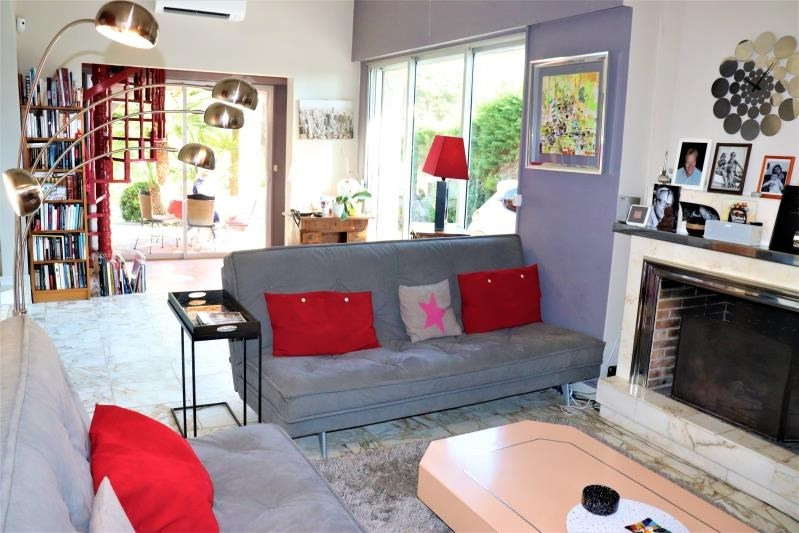 Deluxe sale house / villa Cavalaire sur mer 690000€ - Picture 3