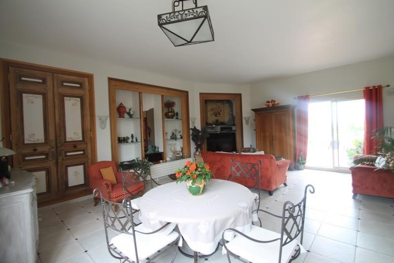 Sale house / villa Machault 580000€ - Picture 5