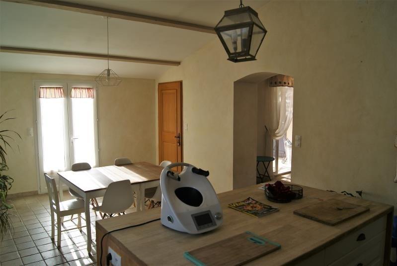 Location maison / villa Salon de provence 1300€ CC - Photo 4