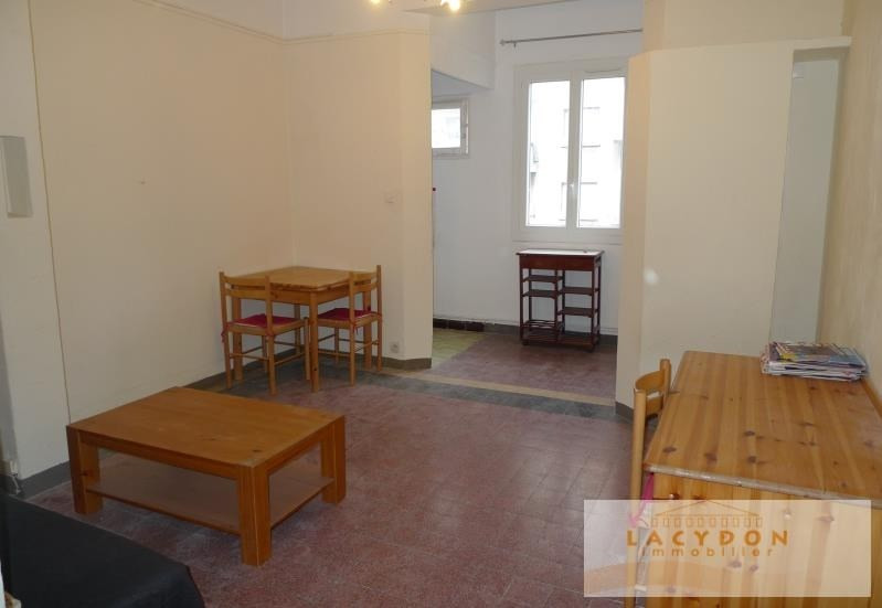 Rental apartment Marseille 4ème 460€ CC - Picture 1